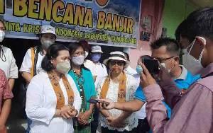 Srikandi DPRD Gunung Mas Ingatkan Warga Selalu Disiplin Protokol Kesehatan
