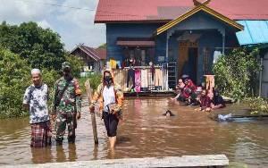Banjir di Kelurahan Langkai Makin Tinggi, Bantuan Tak Kunjung Datang