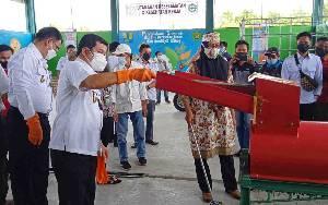 Bupati Barito Timur Resmikan Tempat Pengelolaan Sampah 3R