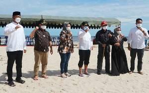 Gubernur Tinjau Jalan Kuala Pembuang - Simpang Bangkal