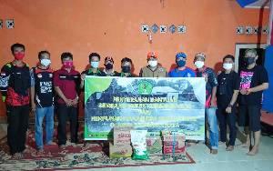Hima Bartim Serahkan Bantuan di Posko Siaga Bencana Banjir Ampah