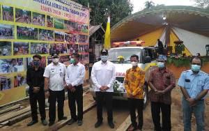 Bupati Lamandau Resmikan Ambulans Desa yang Dibeli TPKD Tamiang