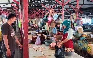 Polres Seruyan Rutin Lakukan Pengecekan Stok Sembako