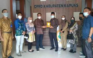 DPRD Kapuas Terima Kunker Tim Percepatan Pemekaran DOB Wilayah Kotabaru