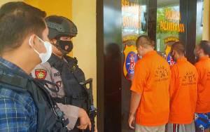 Tangkap 8 Pria dan Satu Perempuan di Palangka Raya, Polisi Sita 16 Paket Sabu