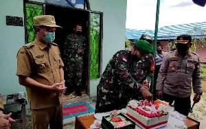 HUT ke 76 TNI, Pemkab dan Polres Gunung Mas Berikan Kejutan