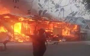 Bengkel Deko Mobil Terbakar di Pangkalan Bun