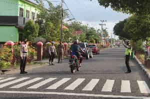 Kapolres Seruyan Turun ke Jalan Atur Lalu Lintas