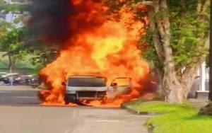 Mobil Terbakar di Palangka Raya, 3 Orang Luka Bakar