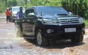 Sejumlah Ruas Jalan Menuju Baun Bango Katingan Masih Terendam Banjir