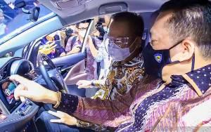 Pemerintah Targetkan Produksi 600 Ribu Unit Mobil Listrik pada 2030