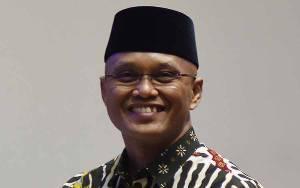 DPR Dorong OJK Hapus Kebijakan Pemberian Akses IMEI kepada Pinjol