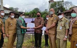 Bupati Seruyan Serahkan Bantuan Rumah Ibadah di Empat Kecamatan