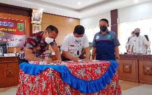 Pemkab Barito Timur Tanda Tangani MoU Bersama BNNP Kalteng