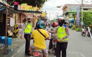 Satlantas Polres Barito Utara Sosialisasikan Rambu Lalu Lintas dan Prokes