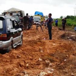 Portal Pungli Makin Menjamur di Jalan Lintas Pangkalan Bun-Kolam